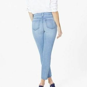 NYDJ Jeans - NYDJ Ami Skinny Ankle Jean Size 8P Light Wash